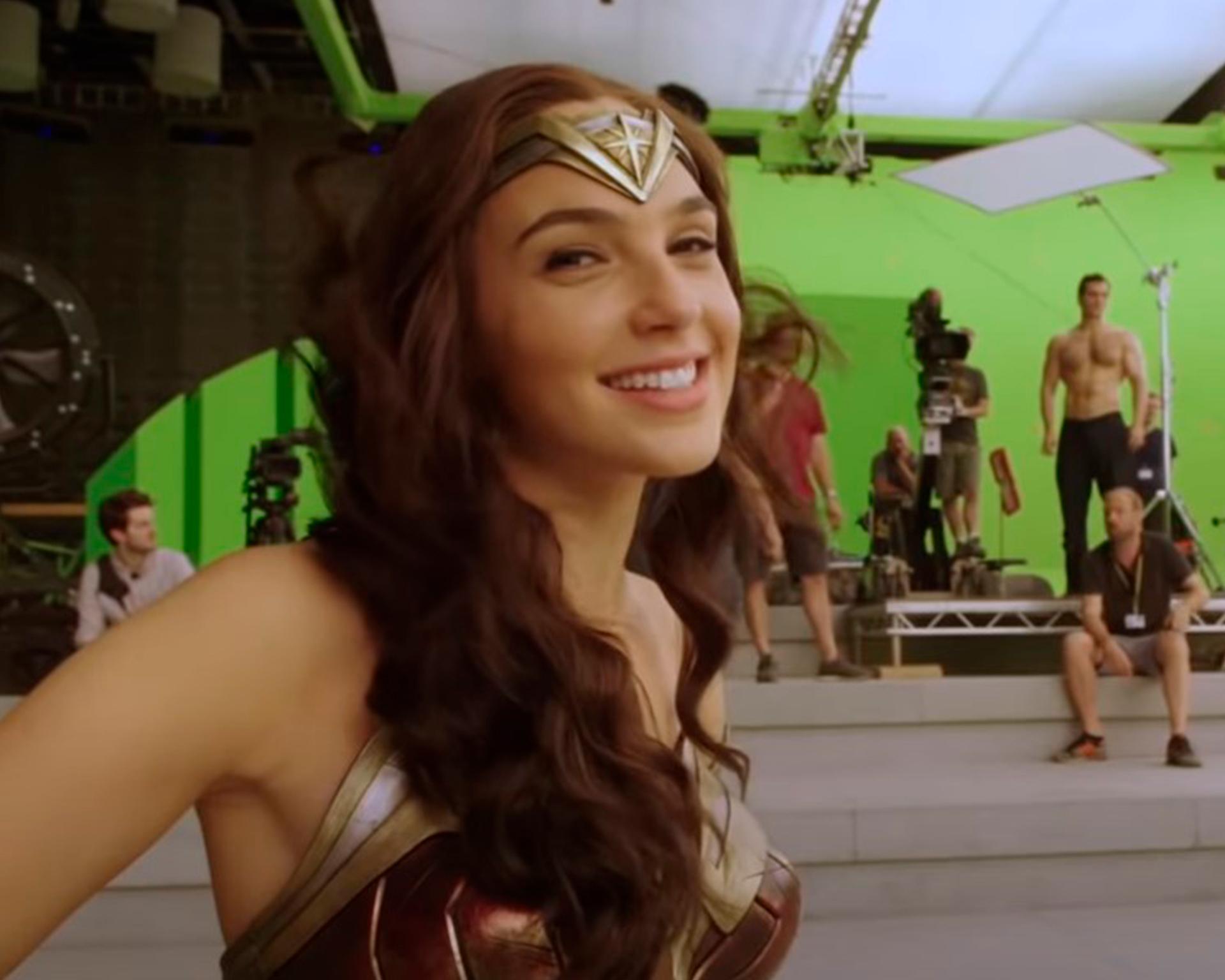 Gal Gadot conta relação com o elenco de Snyder Cut - Banner
